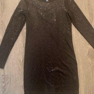 Kenzie sequin bodycon dress size M